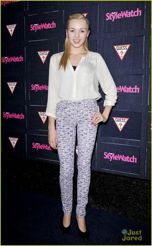 Peyton R. List (Emma Ross) wallpaper called StyleWatch Denim