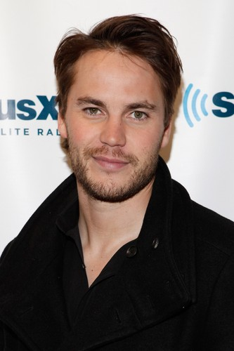 Taylor Kitsch wallpaper possibly containing a portrait called Taylor visits SiriusXM (Sep. 27th, 2012)