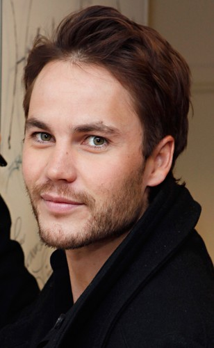 Taylor Kitsch wallpaper containing a portrait called Taylor visits SiriusXM (Sep. 27th, 2012)