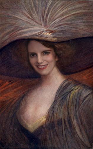 Tina Fey in big hat