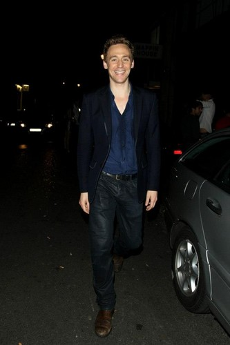Tom Hiddleston wallpaper containing a business suit entitled Tom Hiddleston Thor 2 party in London