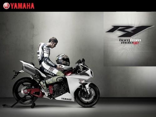 Valentino Yamaha R1