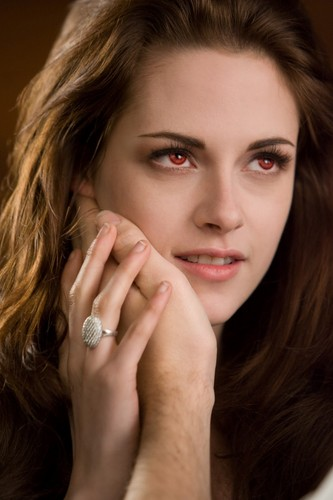 Bella Swan wallpaper possibly containing a portrait called Vampire Bella- BDPT2 HQ Stills