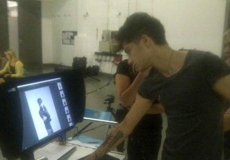 Zayn Behind the Scenes