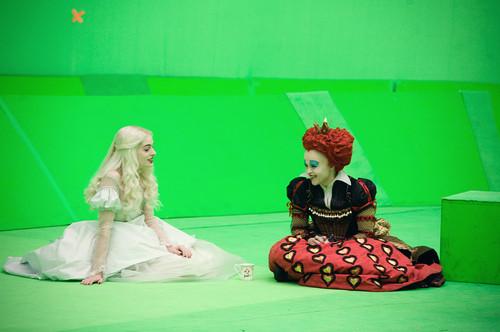 Alice im Wunderland (2010) Hintergrund titled burton