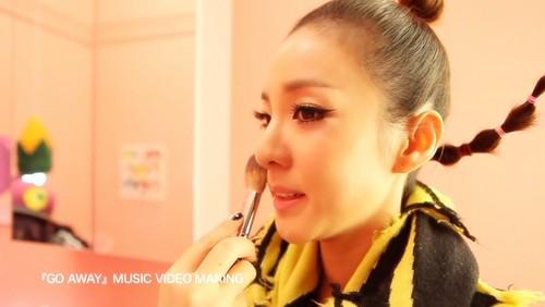 dara 2NE1 go away Jepun mv