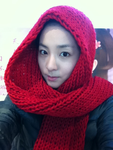 dara 2ne1 red riding hood girl