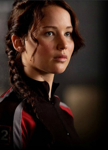Katniss Everdeen wallpaper possibly containing a portrait titled katniss