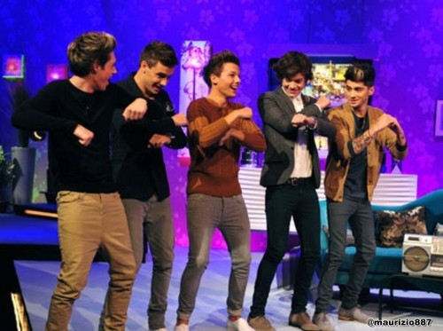 one direction,Alan Carr Chatty Man दिखाना 2012