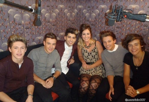 one direction,set of Charts Show 2012