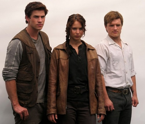 peeta and katniss with gale