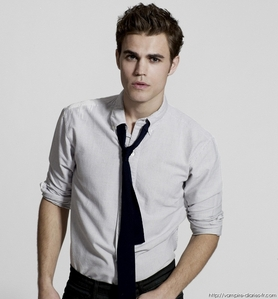 The Vampire Diaries پیپر وال entitled stefan <3