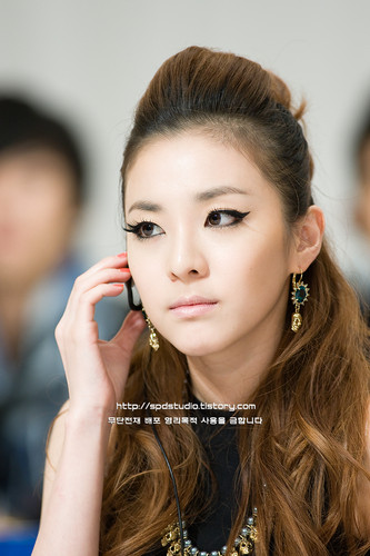 dara 2ne1 gorgeous