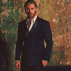 Chris Hemsworth wallpaper containing a business suit, a suit, and a two piece entitled ★ Chris Hemsworth ★