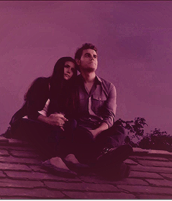 Stefan & Elena fondo de pantalla possibly containing a business suit, a well dressed person, and an outerwear called 4x01