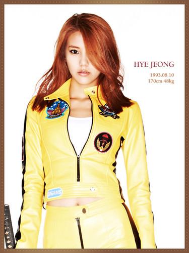 AoA- WannaBe Hyejeong
