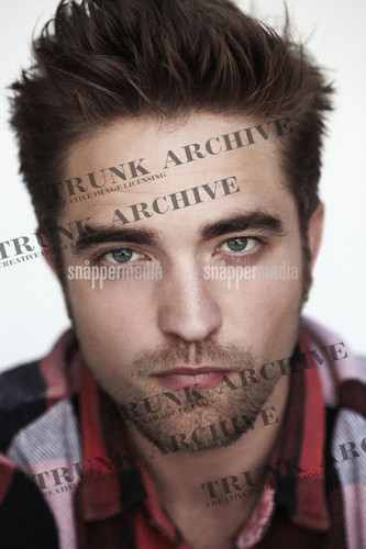 Awesome New bức ảnh Shoot of Rob