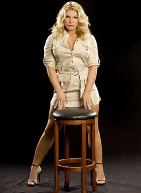 beth phoenix achtergrond entitled Beth Phoenix Photoshoot Flashback