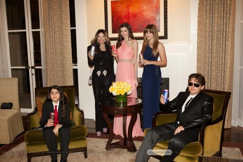 Blanket Jackson, Latoya Jackson, ?, Paris Jackson and Prince Jackson at Mr rosa Drink Launch Party