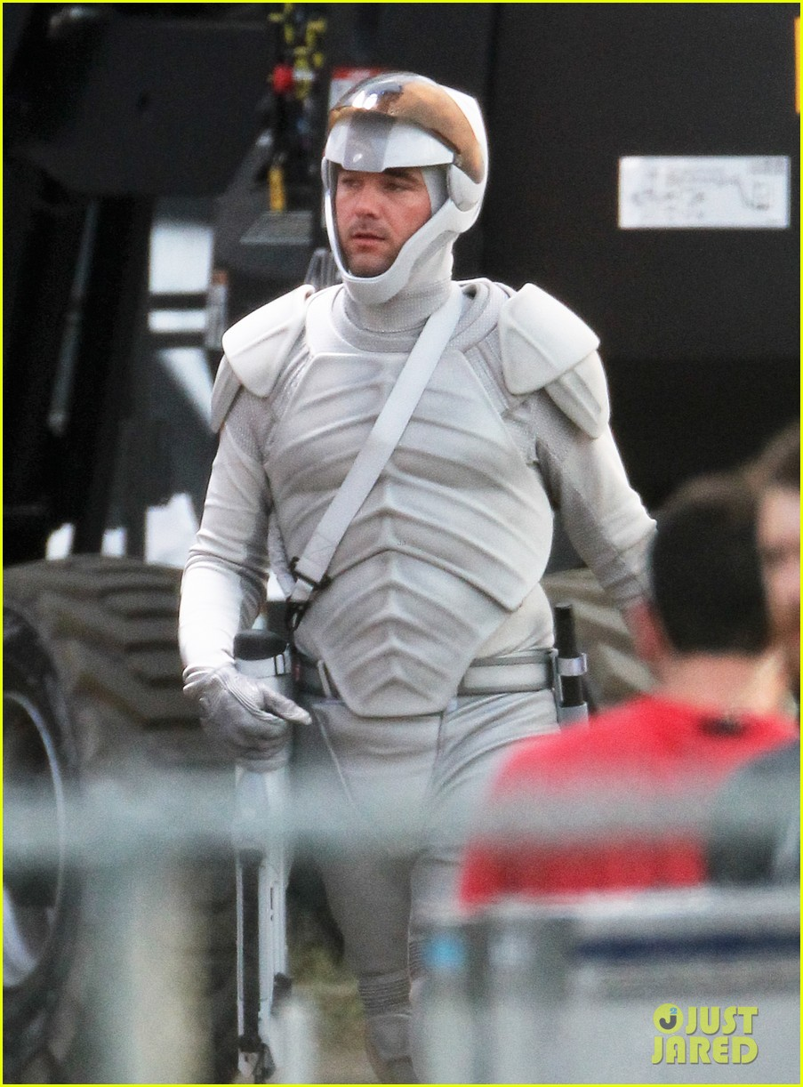 Catching Fire set - Catching Fire movie Photo (32450304 ...