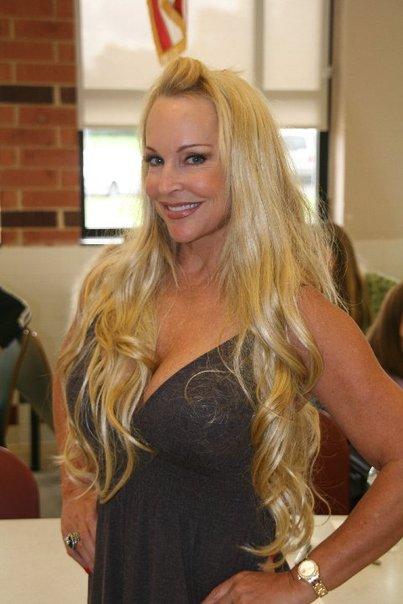 Debra at Signmania 2009