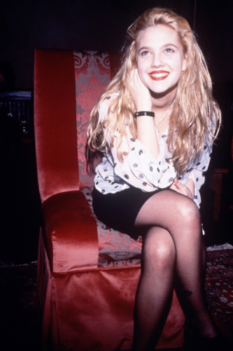 Drew Barrymore wallpaper possibly containing bare legs and tights called Drew Fan Art