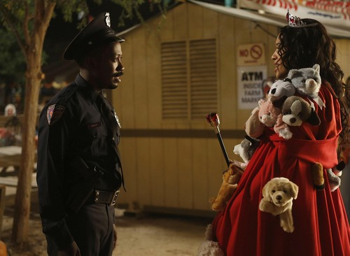"""New girl wallpaper titled Episode 2x06 - """"Halloween"""" - Promotional Pics"""