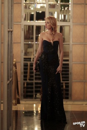 Gossip Girl - Episode 6.05 - Monstrous Ball - Promotional photo