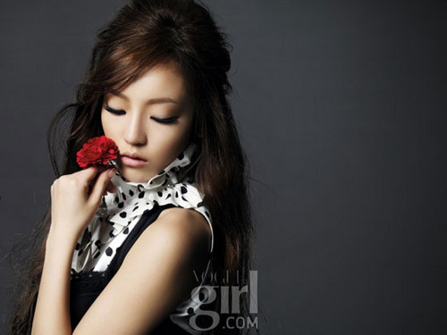 Hara - Vogue girl