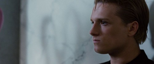 Peeta Mellark wallpaper probably with a portrait called Hunger Games screencaptures [HQ]