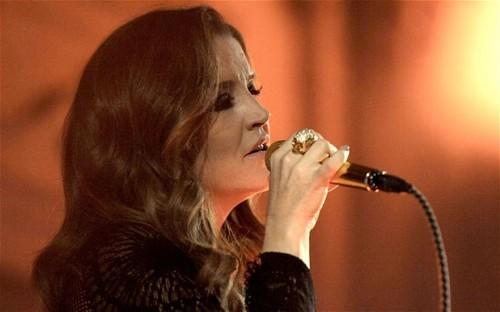 Lisa performing (October,2012)
