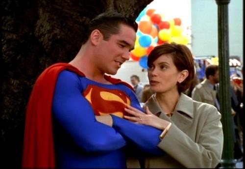 Lois and Clark Hintergrund titled Lois & Clark