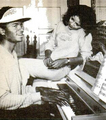 MICHAEL PLAYING THE PIANO - 1980 - michael-jackson photo