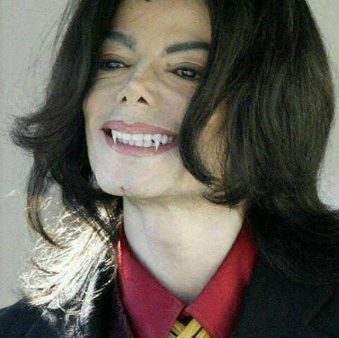MJ sexy vampire