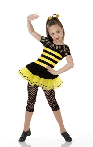 Dance Moms achtergrond with a playsuit, boxpakje entitled Maddie Modeling a Dance Costume
