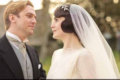 Downton Abbey 바탕화면 containing a business suit entitled Mary and Matthew Crawley Wedding