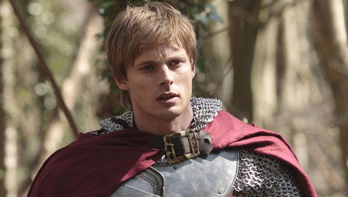 Merlin's Bradley James wants Gary Oldman as a guest star