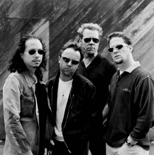 Metallica wallpaper with sunglasses and a business suit titled Metallica