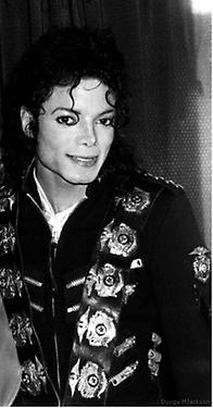 Michaels sexy eyes <3