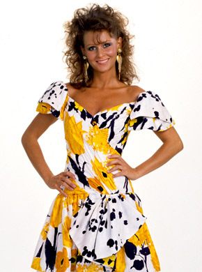 Miss Elizabeth Photoshoot Flashback
