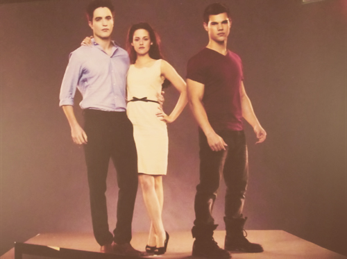 NEW outtakes from the 'Breaking Dawn - Part 1' promo shoot