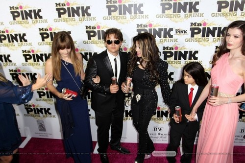 Paris Jackson, Prince Jackson, Latoya Jackson, Blanket Jackson and ? at Mr गुलाबी Drink Launch Party
