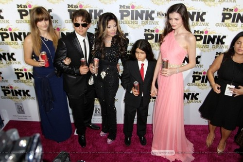 Paris Jackson, Prince Jackson, Latoya Jackson, Blanket Jackson and ? at Mr Pink Drink Launch Party