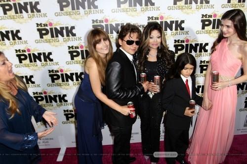 Paris Jackson, Prince Jackson, Latoya Jackson, Blanket Jackson and ? at Mr गुलाबी Drink Launch Party