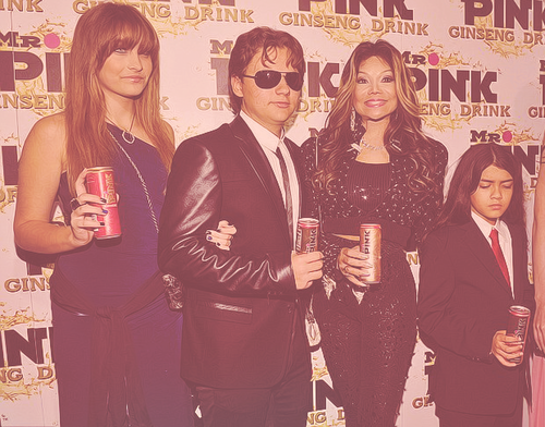 Paris Jackson, Prince Jackson, Latoya Jackson and Blanket Jackson at Mr merah jambu Drink Launch Party