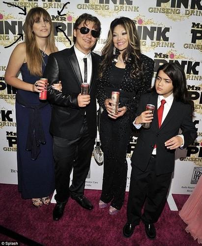 Paris Jackson, Prince Jackson, Latoya Jackson and Blanket Jackson at Mr गुलाबी Drink Launch Party