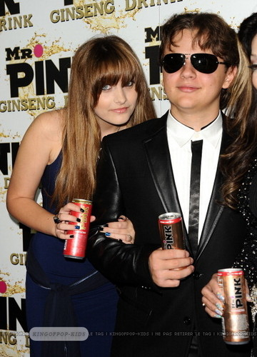 Paris Jackson and her brother Prince Jackson Blanket Jackson at Mr розовый Drink Launch Party ♥♥