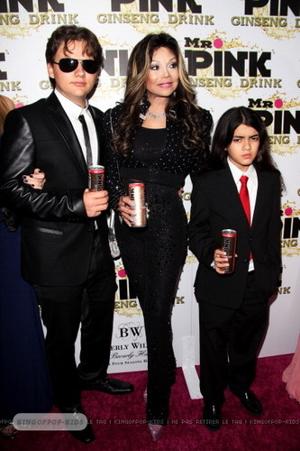 Prince Jackson, Latoya Jackson and Blanket Jackson at Mr गुलाबी Drink Launch Party