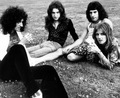 Queen - classic-rock photo