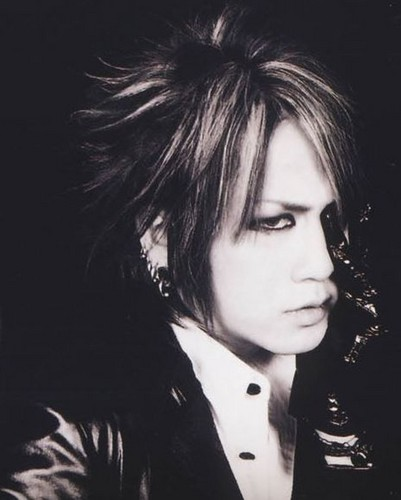The Gazette achtergrond probably containing a portrait entitled RUKI